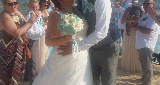 Daniel & Jenny Bowden, Sirines Beach Venue
